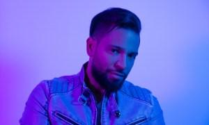 Photo of ¡Henry Santos lanza nuevo video y álbum!
