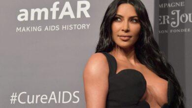 Photo of La hija pequeña de Kim Kardashian trata de 'robarle' uno de sus bolsos